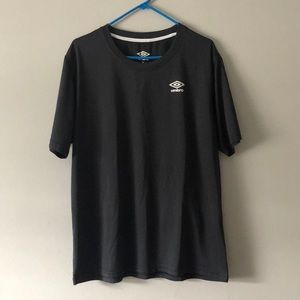 Umbro short sleeve work out t shirt polyester